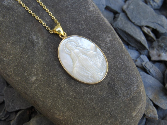 Mother Mary Necklace | Virgin Mary | Mother Of Pearl | Gold | Meaningful