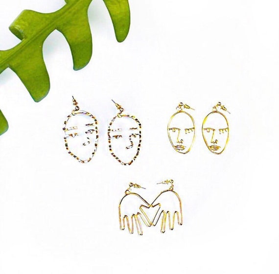 Wink Face Gold Earrings |  Man | Woman | Hand | Face it