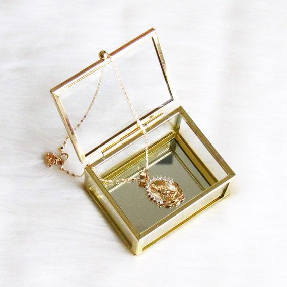 Virgin Mary Pendant Necklace    Shinning   Religious Catholic   Gold Overlay Jewelry