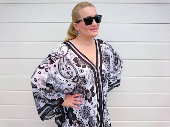 ff42746aede04 Plus Size Silk Kaftan Top Beach Cover Up Vintage Paisley print