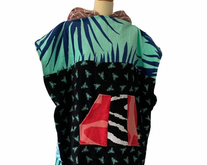 Featured listing image: Surfponcho surfcape rug surf swim hoodie badcape Size M
