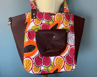 Multi functional bag Handbag beach shopper backpack made of leather and cotton with cheerful print