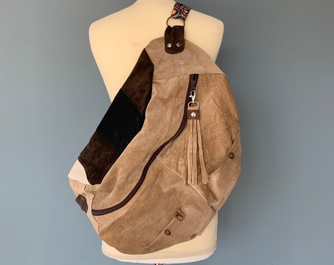 Featured listing image: Fanny pack bumbag xxl of brown suede leather