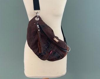 Fanny Pack Beltbag hip bag hobotas festival bag recycled Levi's jeans