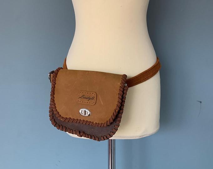 Featured listing image: Vintage style shoulder bag beltbag brown leather