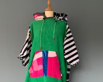 Surf poncho's hoodies