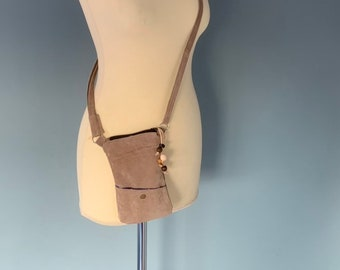Phone shoulder bag money pouch compact nightlife bag beige leather