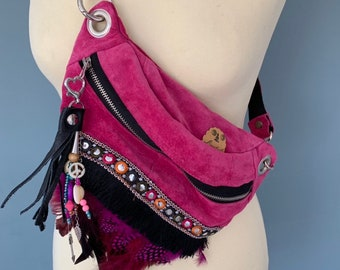 Boho Fanny pack Bumbag pink suede leather with fringes and feathers
