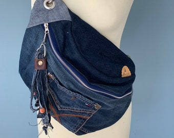 Crossbody Fanny pack Shoulder bag made from a Tommy Hilfiger jeans
