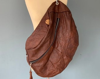 Fanny Pack XXL oversize bumbag crossbodybag Brown leather