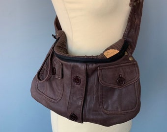 Fanny pack shoulderbag bumbag of brown leather