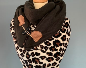 Large tri-point Scarf xxl triangle shawl with leopard print and wood string closure