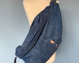 Oversize Fanny pack Bumbag hobo bag made from old Levi's denim
