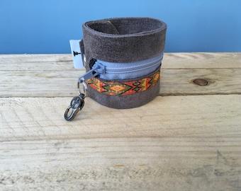 Bracelet Wallet/Festival bracelet/Money Storage/Ibiza style/leather bracelet with zipper
