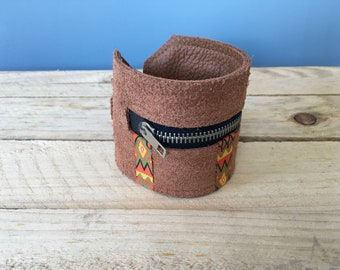 Bracelet Wallet/Festival bracelet/Money Storage/Ibiza style/leather bracelet with zipper