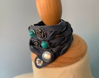 Dark blue leather braided bracelet with studs size xs