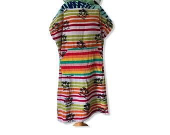 Surfponcho surfcape changing towel surf swim hoodie bathcape Size M with hippie van