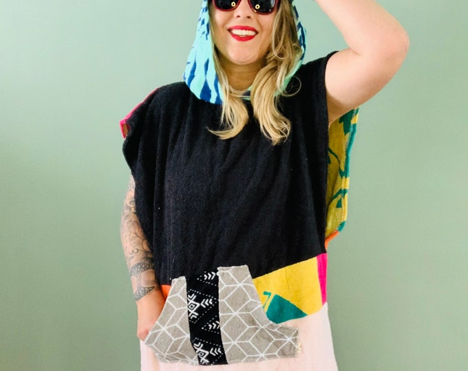 Featured listing image: Surfponcho surfcape rug surf swim hoodie badcape Size M