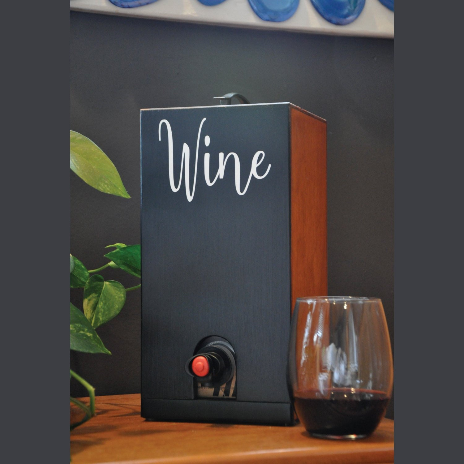 Vino Chateau Boxed Wine Cover With Chalkboard Front And