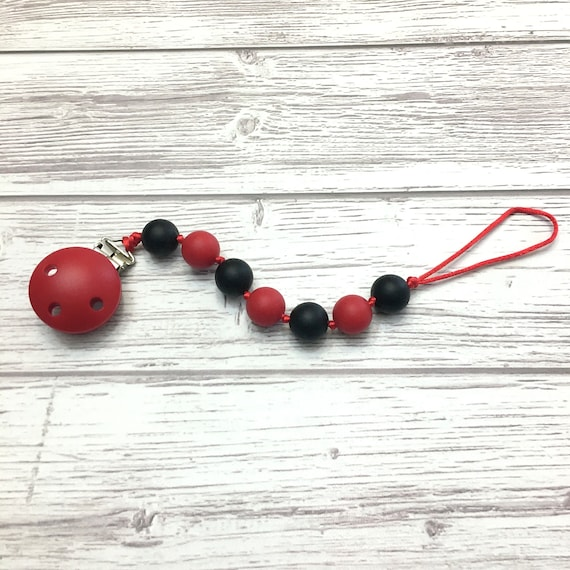 Baby pacifier holder, silicone pacifier chain, food grade silicone, silicone chew toy, baby pacifier chain, baby safe, black red, Mâchouille