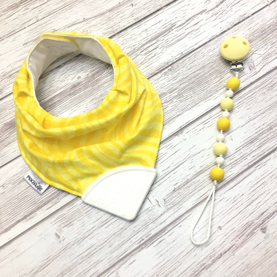 Bandana bib with teether, teething bib silicone, teether silicone baby, silicone teething corner, baby shower, machouille
