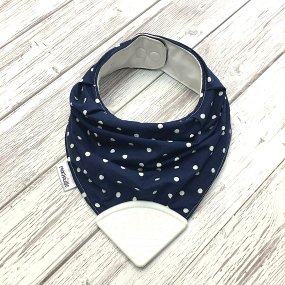 Bandana bib with teether, silicone teething corner, baby teething bib, silicone bandana bib, baby shower gift, black and white, machouille