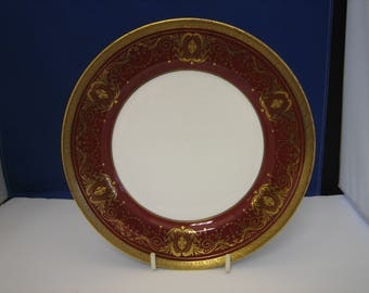 Aynsley, bone china, ruby and gold dinner plate