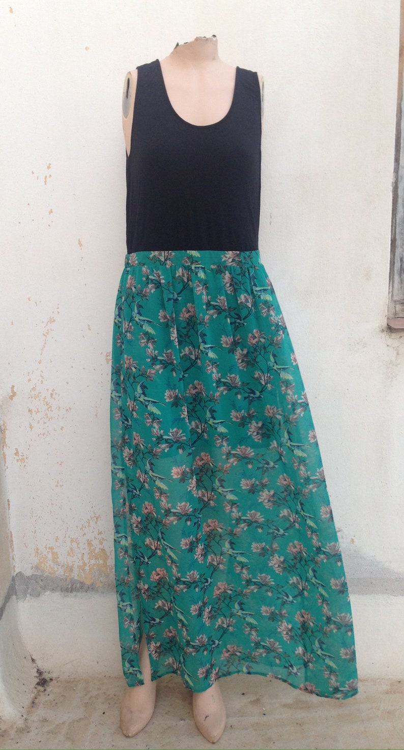 XL size maxi summer dress from 1990 featuring black body and a wonderful full maxi skirt in bluegreen teal color with floral /& bird pattern