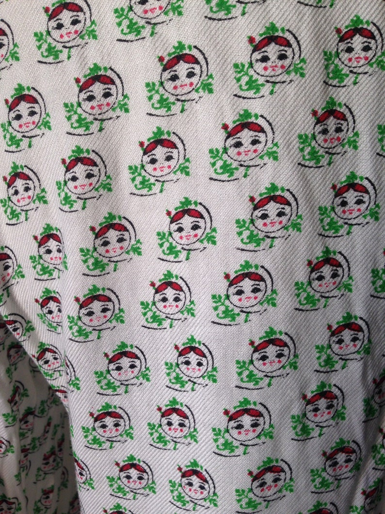 Adorable pants featuring BabushkaMatryoshka head prints all the way around 90s vintage