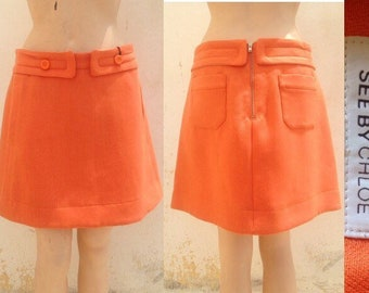 Chloé très chic 90s vintage peach colored mini skirt in 60s mod style and A-line. Unused!