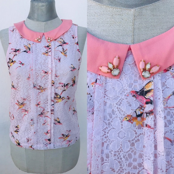 Soft pink lovely sleeveless top 90s does 40s featu