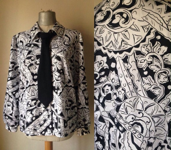 Black & white 80s vintage shirt with swirl psyched