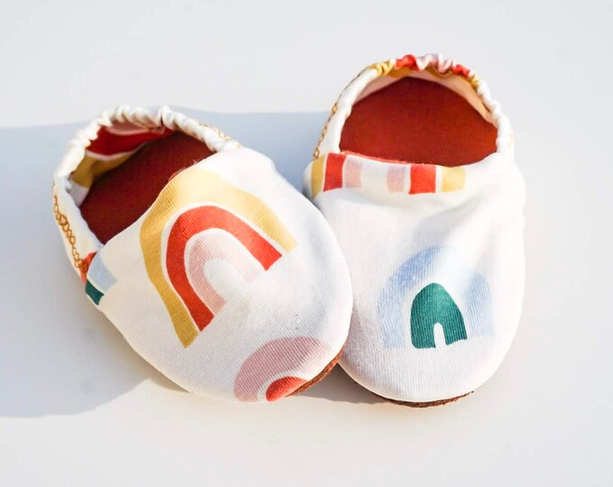 "Featured listing image: babies&minis ""rainbow"" - cute baby booties in organic cotton jersey by elvelyckan design - crawler shoes for babies up to 1 year"