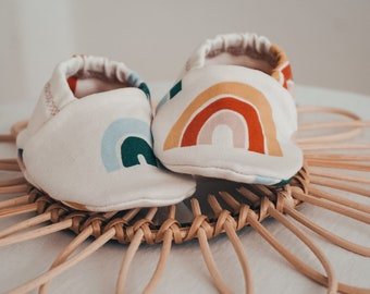 """babies&minis """"rainbow"""" - cute baby booties in organic cotton jersey by elvelyckan design - crawler shoes for babies up to 1 year"""