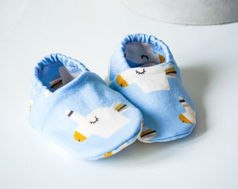 "babies&minis ""sparkle unicorn"" - cute baby shoes from French Terry in light blue with unicorns - crawler shoes for babies"