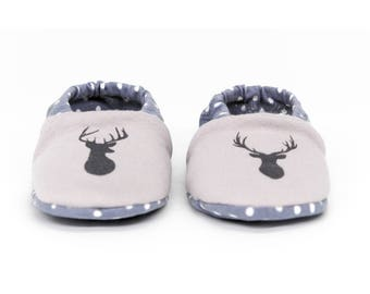 "Babies & minis * Winter Edition * ""Reindeer minis""-cute baby shoes made of fabric in reindeer pattern in grey with lined sole-crawl shoes"
