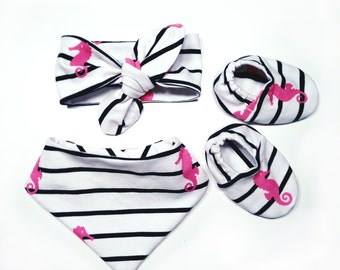 "Babies & Minis ""Seahorse"" set-baby shoes, triangular scarf and headband-blue white striped with pink seahorse-Giftset Baby"