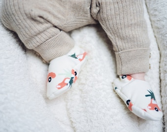 "Babies & minis ""driving home for christmas""-cute baby shoes made of organic cotton jersey by elvelyckan design-crawling shoes Babies"