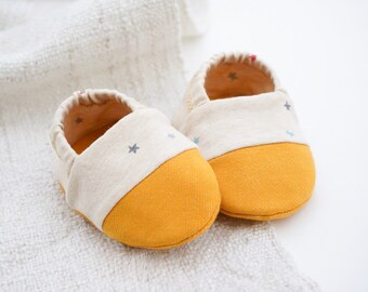"babies&minis ""star catcher"" - cute baby booties with organic cotton jersey mini starlet by lillestoff - crawler shoes for babies up to 1 year"