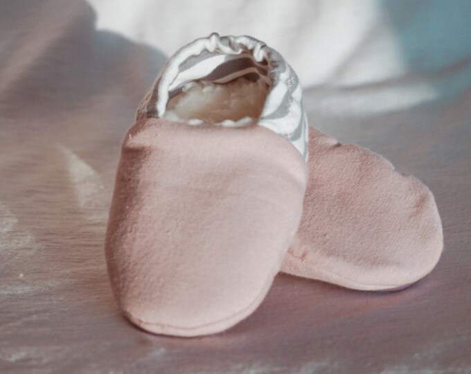 """Featured listing image: babies&minis """"Zebra Dusky Pink"""" - cute baby booties with zebra heel in organic cotton jersey - crawling shoes for babies up to 1 year"""
