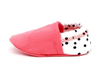 "Babies & minis ""coral and dots""-cute baby shoes from Jersey-crawl shoes for babies up to 1 year"
