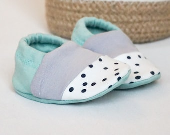 """babies&minis """"mint sorbet and dots"""" - cute cotton jersey baby booties - crawling shoes for babies"""