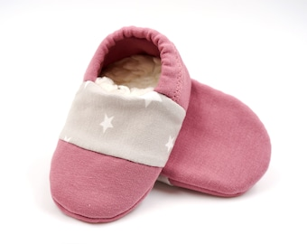 """babies&minis *Winter Edition* """"morning dawn"""" - cute baby booties in fabric with stars in old pink with lined sole - crawling shoes"""