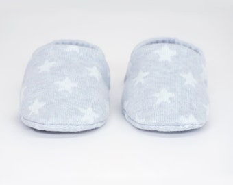 """babies&minis """"starry sky blue"""" - cute baby booties from jacquard knit jersey with stars in blue- crawling shoes for babies up to 1 year"""