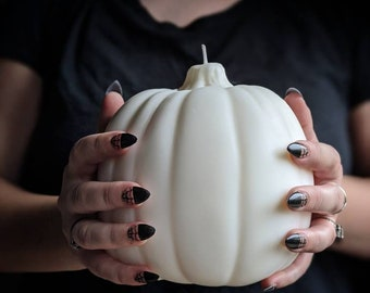Large Pumpkin Candle / Halloween White Pumpkin Candle / Big 3D Pumpkin Candle