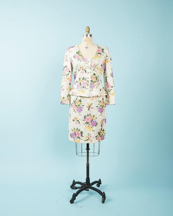 Metallic Floral Oscar De La Renta Suit
