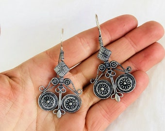 Kuchi Earrings. Large and Dramatic but Lightweight!