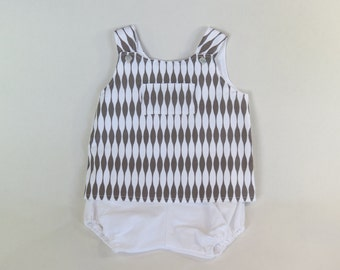 Gray and white geometric pinafore and bloomers