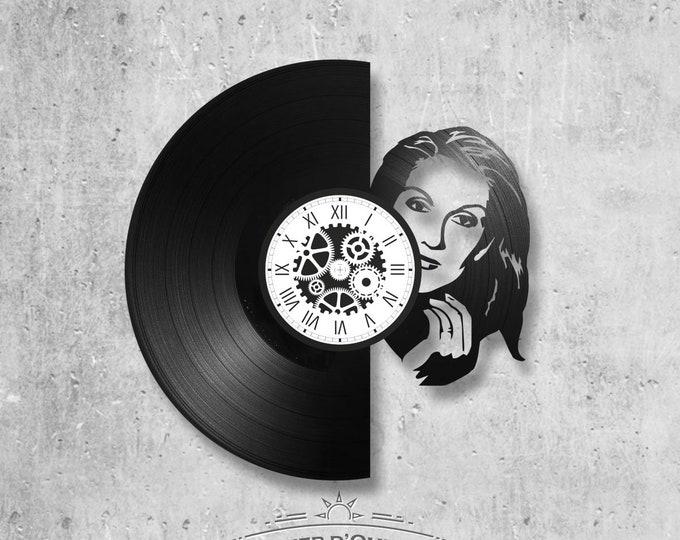 33-turn handmade vinyl wall clock / Celine Dion theme, singer, diva, rene, titanic