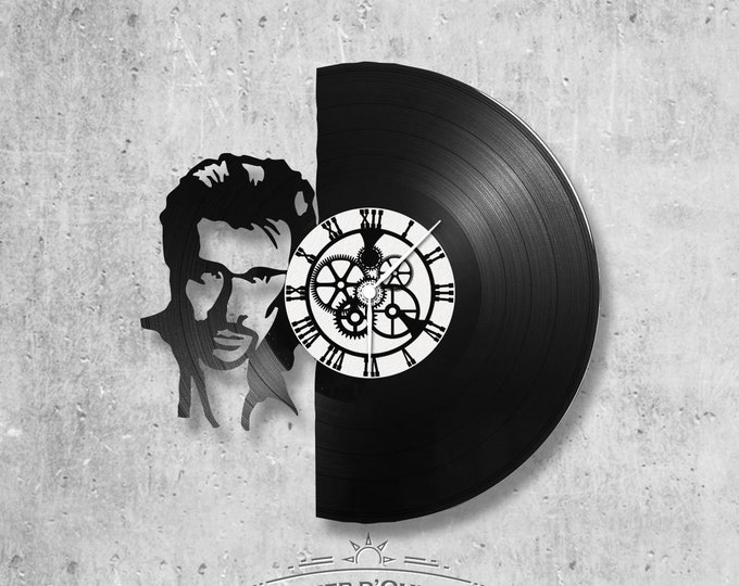 Vinyl record clock 33 rounds Johnny Hallyday theme